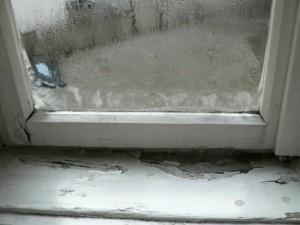 冬のウィーンで室内に氷