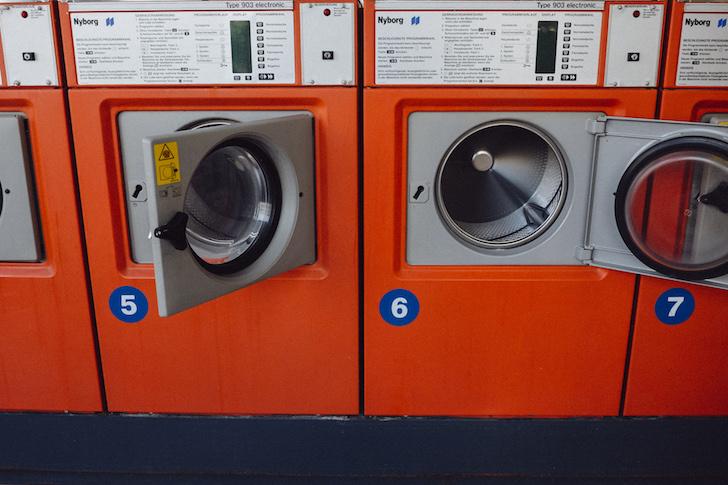 バックパッカーが泣いて喜ぶかもしれない洗濯ガジェット「Dolfi」