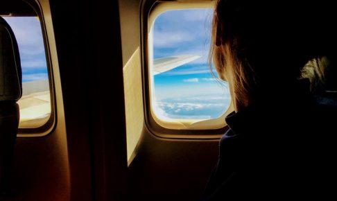 飛行機の離着陸時にデジカメで動画を撮影してもOK!